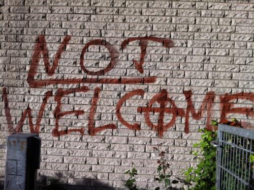 Not Welcome schrieben Nazis an die Moschee