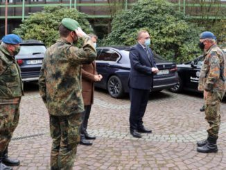 Generalarzt der Bundeswehr besucht den Kreis RE