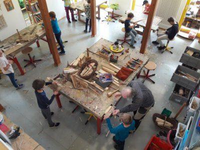 Jugendkunstschule sucht Holzreste
