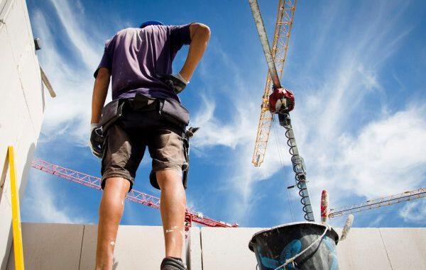Bauarbeiter fordern 5,3 % mehr Lohn