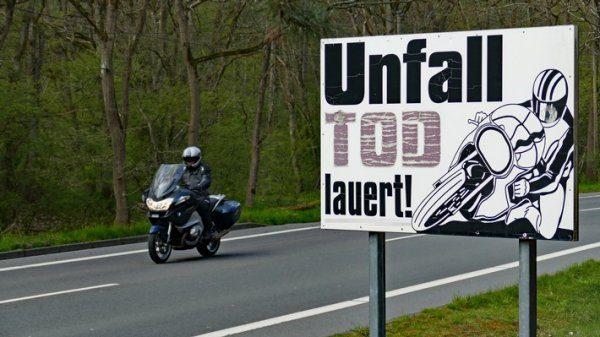 Motorradfahrer im Fokus der Polizei