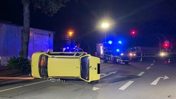 PKW-Unfall in Gladbeck- Zwei leichtverletzte Frauen
